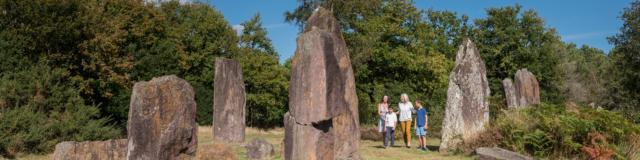 0-montneuf-site-archologique-des-pierres-droites-e-berthier.jpg