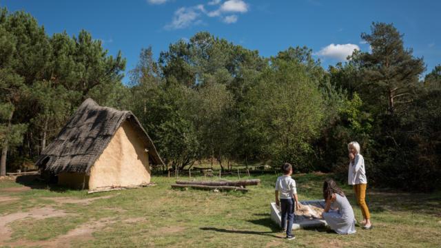 1-montneuf-site-archologique-des-pierres-droites-e-berthier.jpg