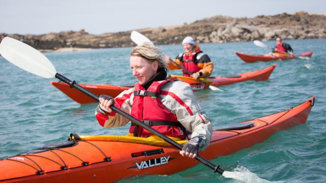 Accostez en kayak au phare de la Croix