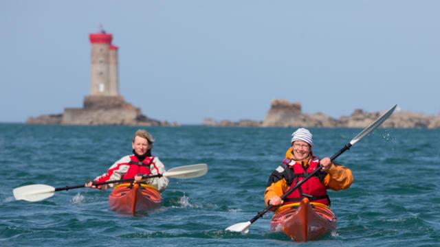 accostez-en-kayak-au-phare-de-la-croix-13.jpg