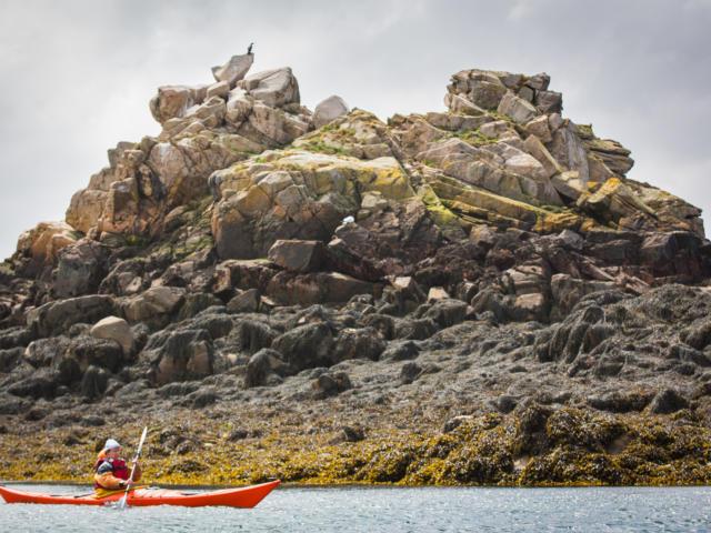 accostez-en-kayak-au-phare-de-la-croix-5.jpg