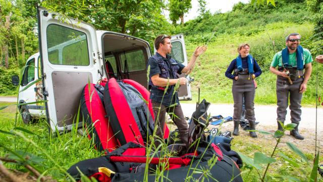 Découvrez la pêche en float Tube à Jugon-les-Lacs