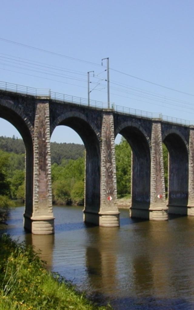 langon-viaduc-region-bretagne.jpg