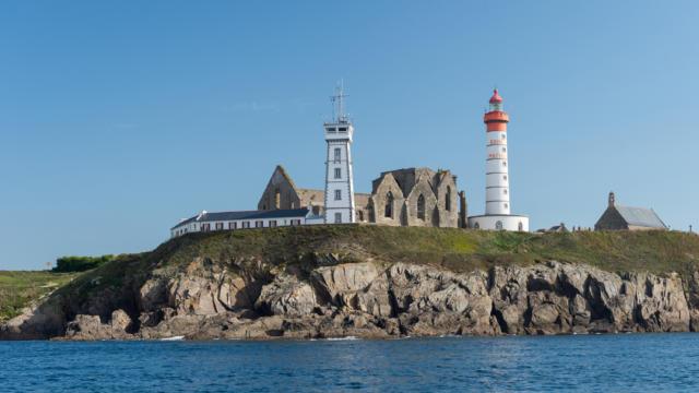 phare-de-la-pointe-saint-mathieu-plougonvelin-emmanuel-berthier.jpg