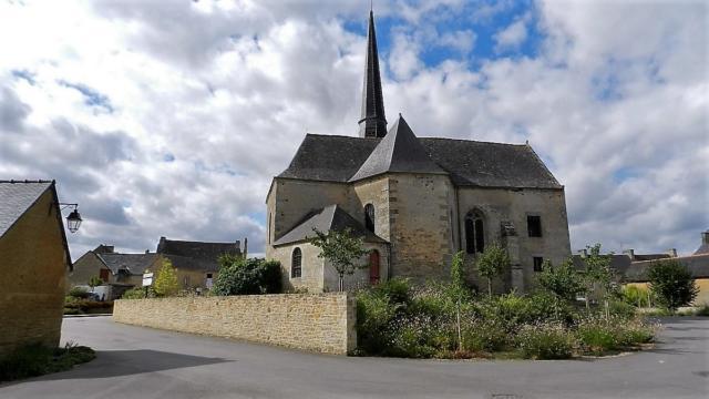 saint-juvat-bourg-21-md-1.jpg
